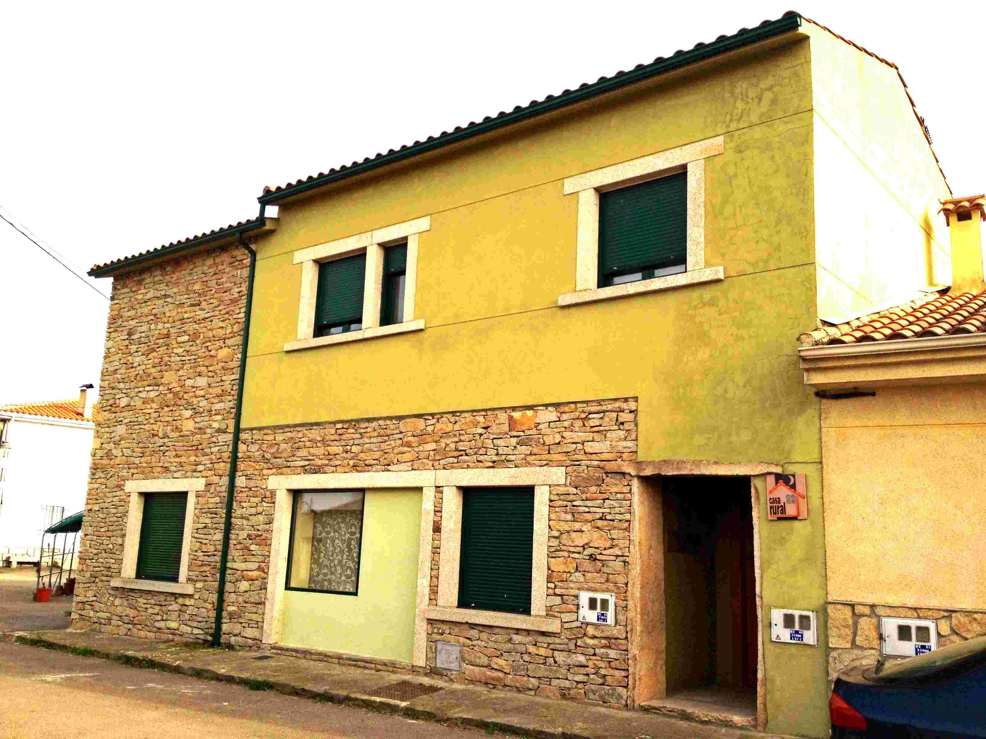 Casa zapatero casas rurales la fuente y zapatero for Zapatero exterior